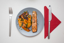 Home Cooked: Grilled Salmon Wi...