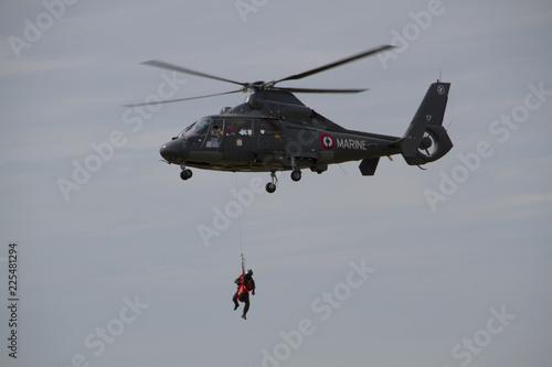 Hélicoptère de la Marine Française