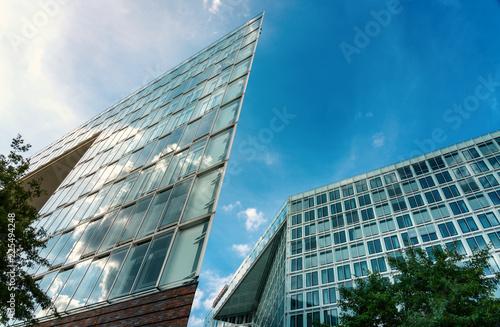 Spoed Foto op Canvas Stad gebouw Glaspalast