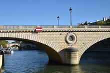 Pont Louis-Philippe à Paris,