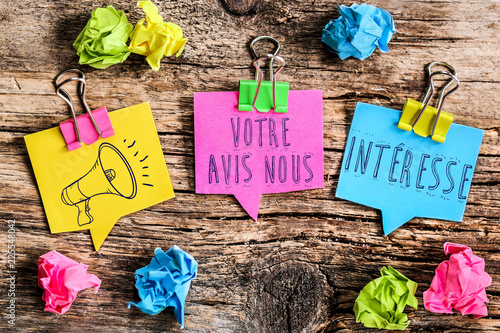 bulle Post-it : Votre avis nous intéresse Canvas Print