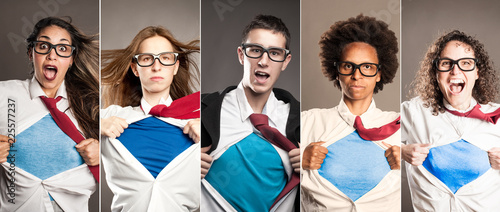 Fotografía  group of people opening shirt like superheroes