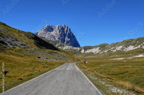 Fotografia, Obraz road to campo imperatore