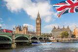 Fototapeta Big Ben - Big Ben and Houses of Parliament with boat in London, UK