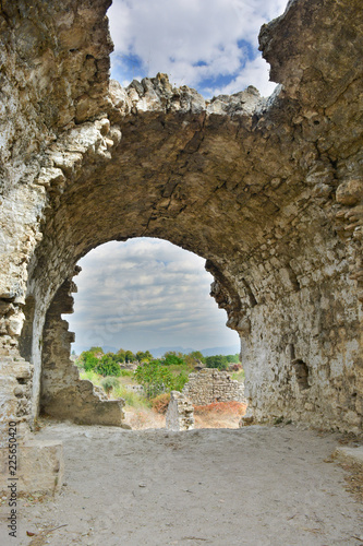 Foto op Plexiglas Toscane Ruinengewölbe