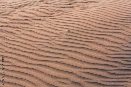 niestandardowe-wybrzeze-piasku