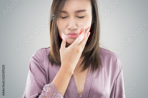 Fotografija Temporomandibular Joint and Muscle Disorder: TMD