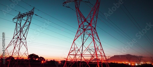 Fotomural The evening electricity pylon silhouette