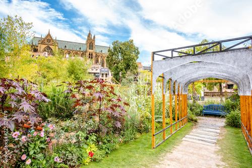 Foto op Plexiglas Historisch geb. Street garden in Metz, France