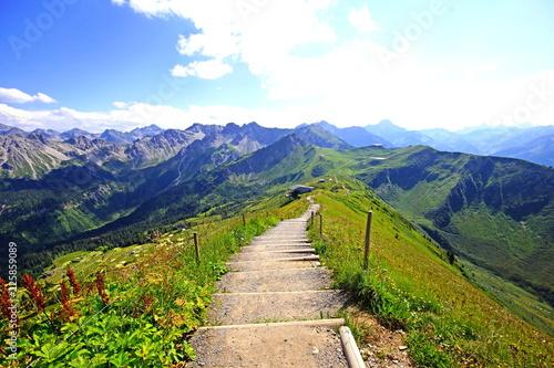 Blick vom Fellhorn Richtung Kanzelwand/Kleinwalsertal ( Allgäuer Alpen )