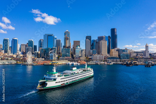 Fototapeta Ferry in Seattle aerial image