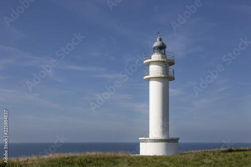 Deurstickers Vuurtoren Lighthouse in Ajo, Cantabria