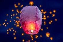 Balloon Fire Sky Lantern Flying Lanterns, Hot-air Balloons Lantern Flies Up Highly In The Sky.