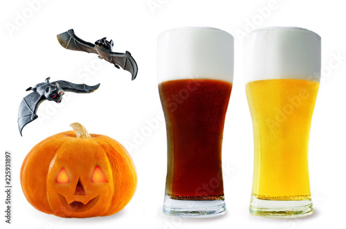 Staande foto Bier / Cider Beer list: light and dark beers with pumpkin and bats isolated