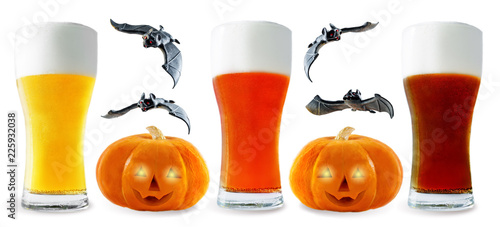 Staande foto Bier / Cider Beer list: light, red and dark beer with pumpkin and bats isolated