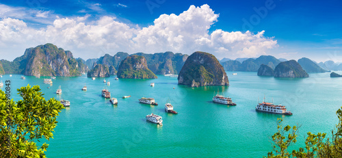 Halon bay, Vietnam Canvas Print