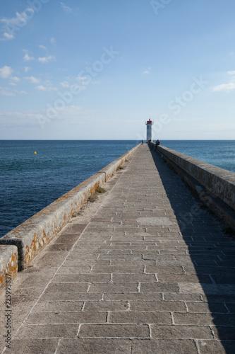La jetée, le phare,l'océan