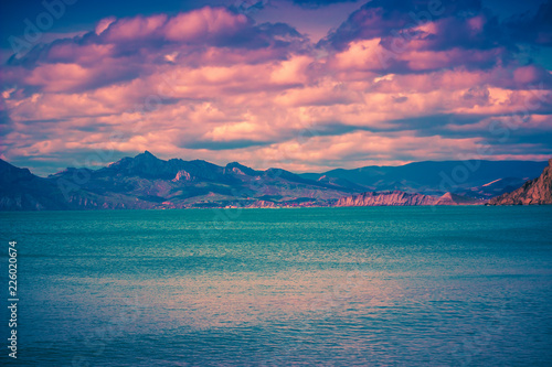 Spoed Foto op Canvas Zalm Sunset sea landscape. Scenic seascape nature