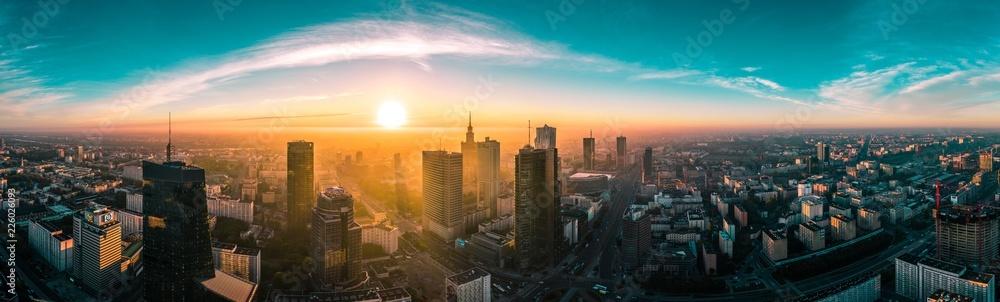 Fototapeta Warszawska panorama o wschodzie słońca