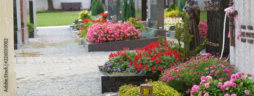 Photo sur Toile Cimetiere Church-yard, Friedhof, Gräber, Allerheiligen, Allerseelen, Banner, Panorama, Header, Headline, Textraum, copy space