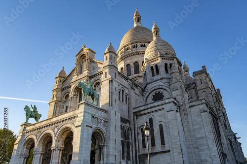 Sacre-Coeur, Paris, Basilica of the Sacred Heart , Montmartre, Paris, France фототапет