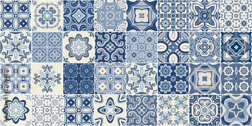 Fotomural  Traditional ornate portuguese decorative tiles azulejos.