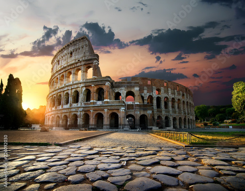 Fotobehang Rudnes Sunlight on Colosseum