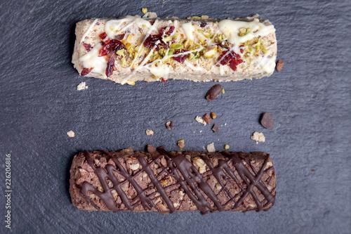Fényképezés  Snack al cioccolato proteine e cereali