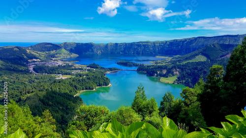Photo  Lake Azul on the island of Sao Miguel Azores