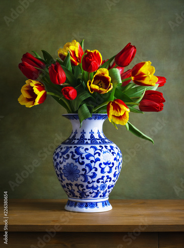 Fototapeta Still life with colorful tulips in the chinese vase obraz