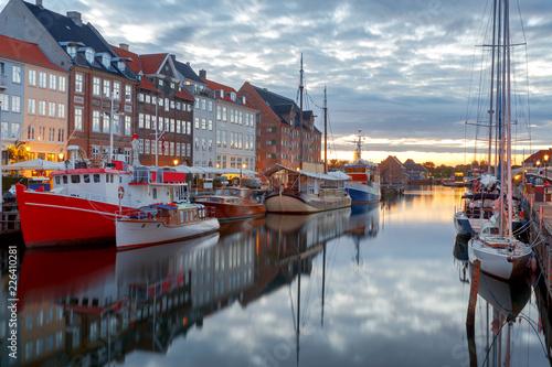 Poster Europese Plekken Copenhagen. The Nyhavn channel is at dawn.