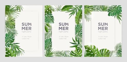 Kolekcija vertikalnih ljetnih pozadina s okvirima ili obrubima od zelenog lišća tropskog palme ili egzotičnog lišća džungle i mjesto za tekst. Sezonska živopisna realistična vektorska ilustracija.
