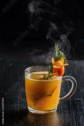 Stickers pour porte The Autumn and winter warming drink