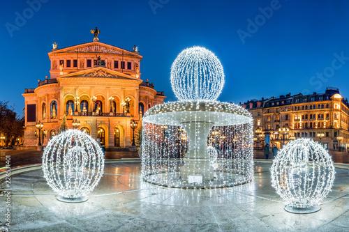 Fotobehang Theater Alte Oper in Frankfurt im Winter, Frankfurt am Main, Hessen, Deutschland