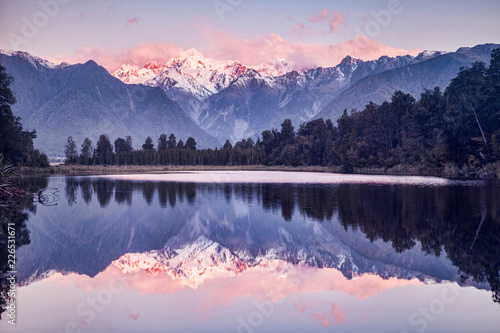 Tuinposter Natuur Sunset, Lake Matheson