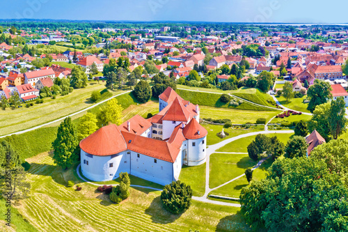 Deurstickers Oost Europa Historic town of Varazdin aerial panoramic view