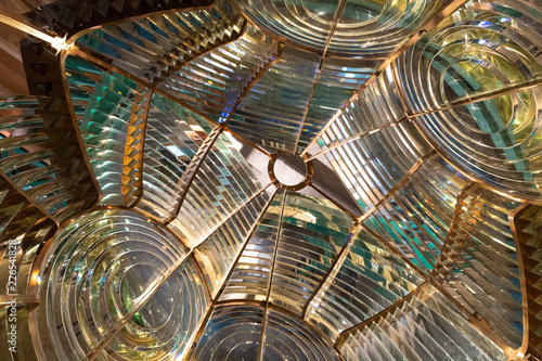 Obraz na plátně Inside a large lighthouse Fresnel lens