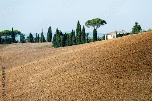 Deurstickers Toscane Spectacular view with italian autumn fields and mountains in tuscany