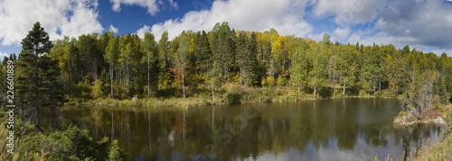 Cuadros en Lienzo Lac Saint Simeon