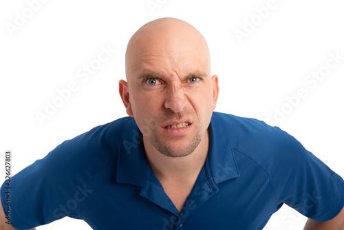 Fotografija  Mann mit Glatze wütend und aggressiv