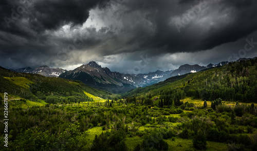 Foto auf Gartenposter Gebirge Panoramic views of Mt. Sneffels and the Dallas Creek drainage area near Ridgway Colorado