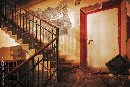 Fotografie, Obraz  Hole Hotel Abbandonato Urbex