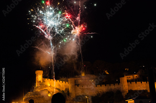 Tableau sur Toile fireworks display on Tossa Beach and castle