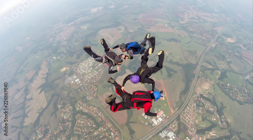 Skydiving 4 way team
