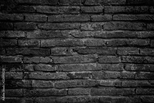 Foto op Plexiglas Historisch geb. Old brick wall black and white tone