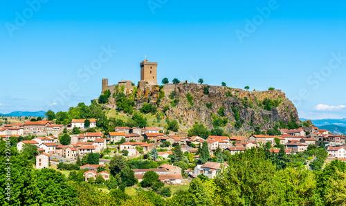 Foto op Plexiglas Historisch geb. View of Polignac village with its fortress. Auvergne, France