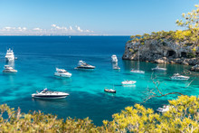 Anchored Boats And Yachts In The Turquoise Bay Of Portals Vells  |  Mallorca  |  9544