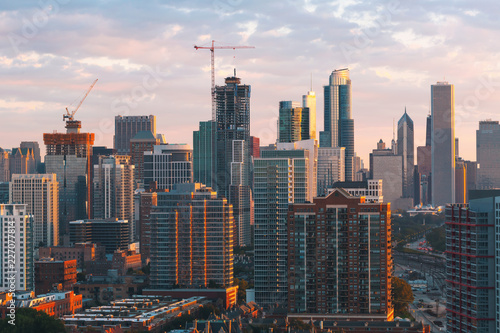 Downtown chicago cityscape skyscrapers skyline at sunset