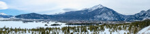 BEAUTIFUL PANORAMA VIEW OF DILLON RESERVOIR AND ROCKY MOUNTAINS IN WINTER / FRISCO / COLORADO / USA