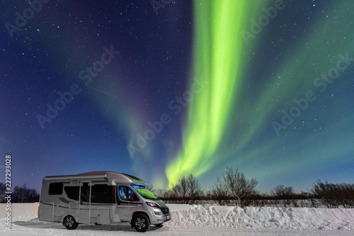 Stampa su Tela Winter camper trip under Northern Lights